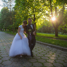 Wedding photographer Zakhar Demyanchuk (SugarRV). Photo of 03.10.2016
