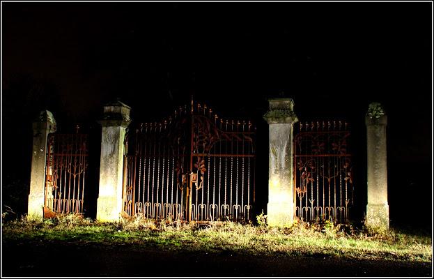 Non aprite quel cancello di CORRADO RIZZOLI PHOTOGRAPHER
