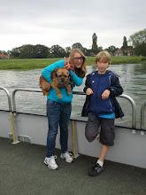 Photo: Juli 2011: Wandelen langs de IJssel