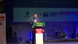 Fran García, delegado de LA VOZ en el Poniente, abre la gala.