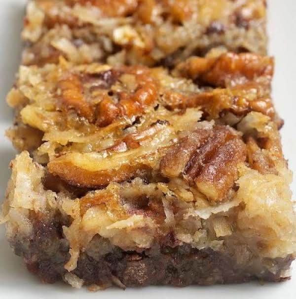 Yummy German Chocolate Pecan Pie Bars