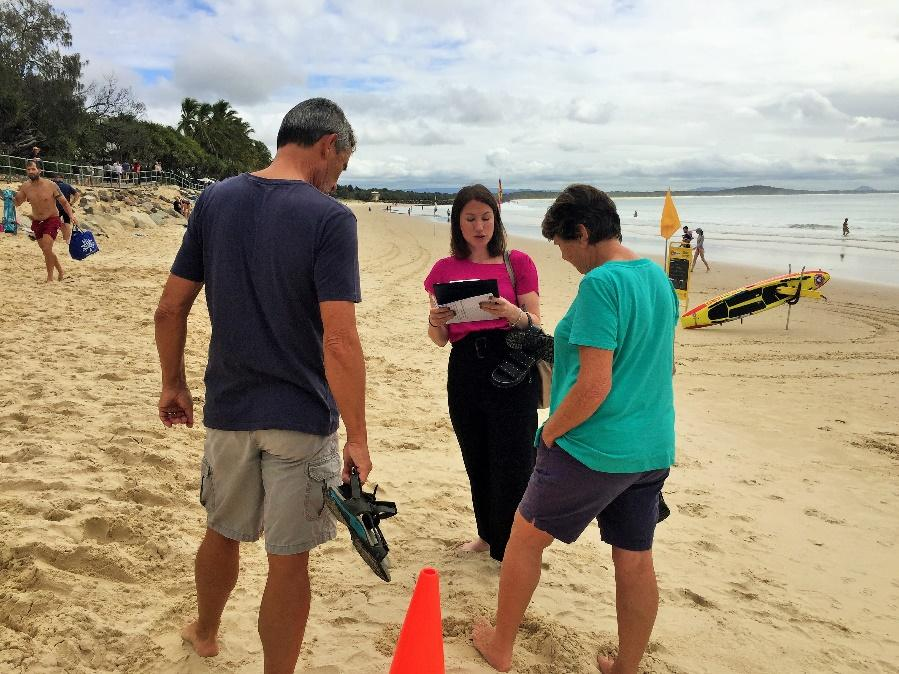 C:\Users\Diana\Documents\AFD Job\2. AFD Event Photos\16. Noosa Shark Nets Trip\Surveying  (7).JPG