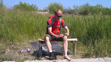 Photo: Dopiero na ostatnim etapie Mariusz dał się namówić na zdjęcie butów.