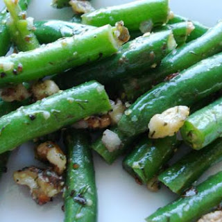 Tangy Nutty Green Beans