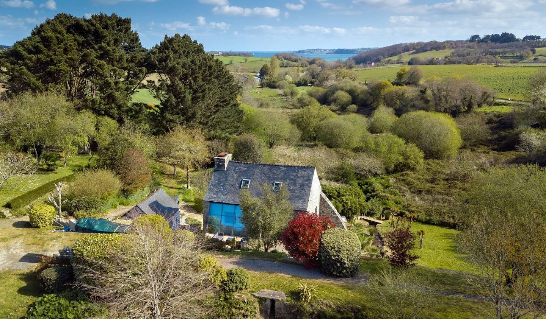 Maison avec jardin et terrasse Henvic