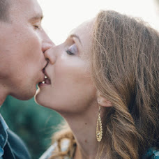 Wedding photographer Angelina Vorobeva (Gellafox). Photo of 11.10.2018