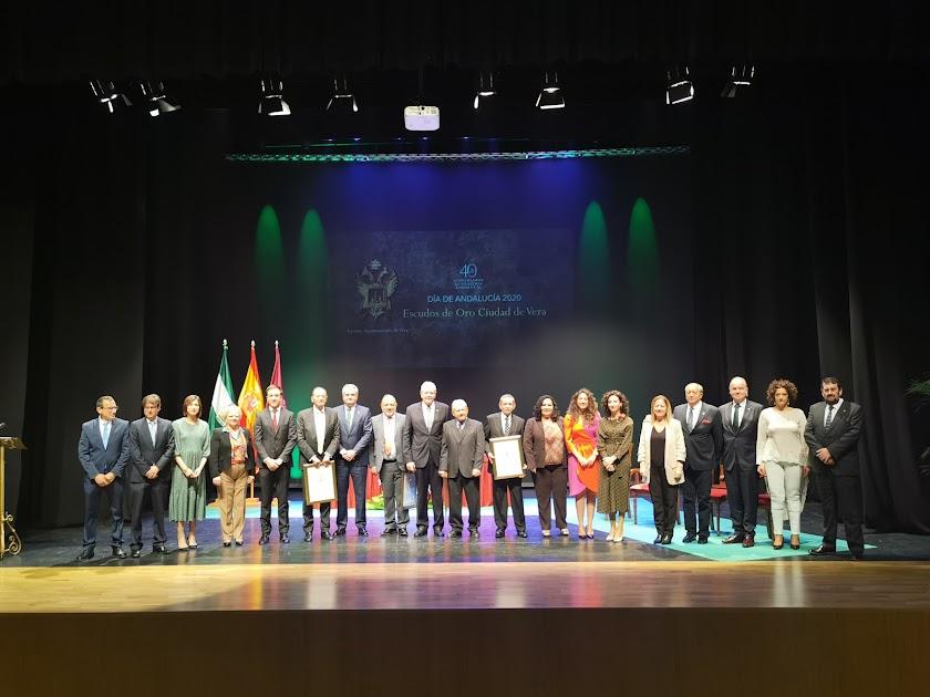 Entrega de los Soles de Oro en el Día de Andalucía