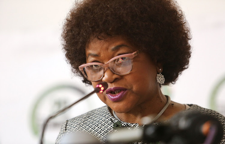 Speaker Baleka Mbete announces  that Tuesday's  vote on the motion of no confidence in President Jacob Zuma will be held by secret ballot.. Picture:  RUVAN BOSHOFF