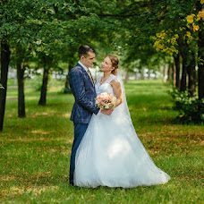 Wedding photographer Kseniya Popova (Ksenyia). Photo of 09.10.2016