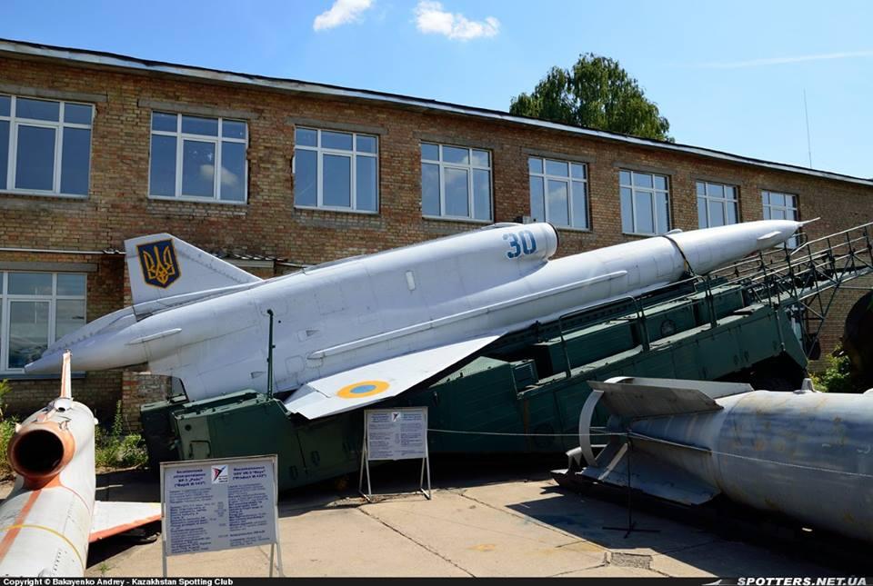 Історія «оптимізації» військової авіації України