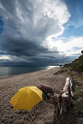 Ombrelli al posto degli ombrelloni di manrico