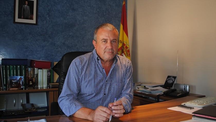 Rodrigo Sánchez, alcalde de Fines.