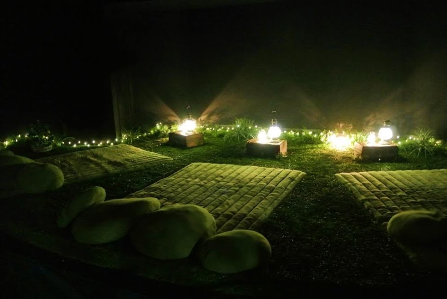 【画像】ランタンの灯る、新・芝シート