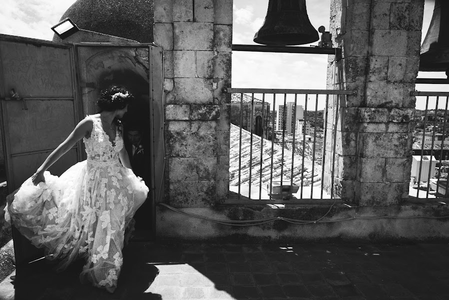 Wedding photographer Giuseppe Santanastasio (santanastasio). Photo of 21.05.2019