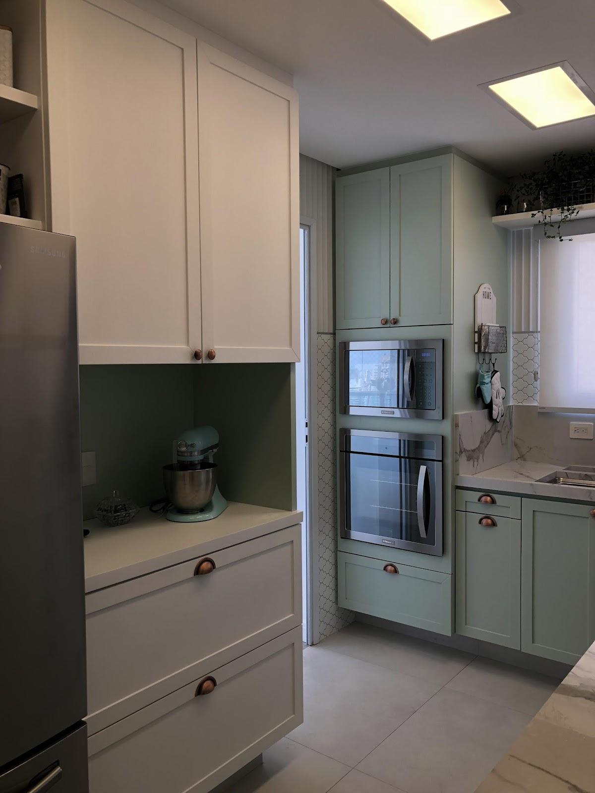 Cozinha clássica com tom pastel como montar conceito de projeto