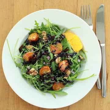 Rocket salad with orange-balsamic dressing