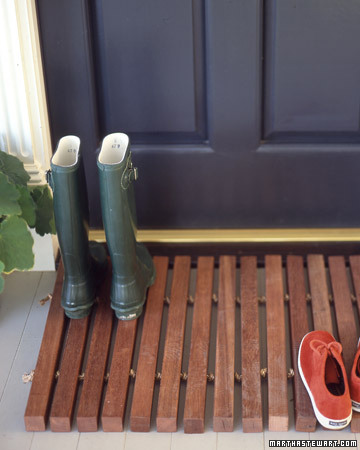 Wooden Doormat: These 50 Woodworking Projects That Sell Online will help you make some money.