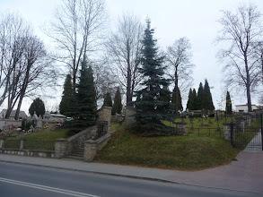 Photo: Wejście na cmentarz wojskowy