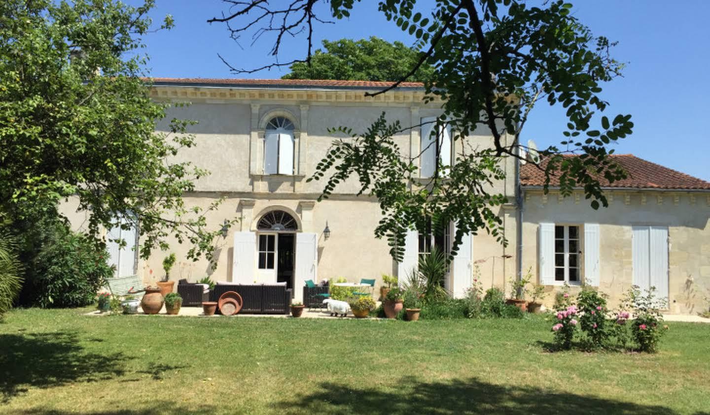 Maison avec jardin et terrasse Jau-Dignac-et-Loirac