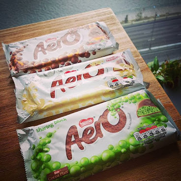 Aero bubbles from UK! Can't resist from this temptation...... 英國泡泡朱古力! 簡直係無法抗拒既誘惑。。。。。。 Place your order now via 92761467 or inbox us!  #surprise #surprisesnackbox #snacks #gift #surprisegift #hk #hkig #picoftheday #party #wedding #souvenirs #valentines #uk #英國 #驚喜 #送禮 #零食 #情人節 #neighborfarm #春茗 #開運 #trysomethingnew #love  #chocolate #aerobubbles #iloveyou