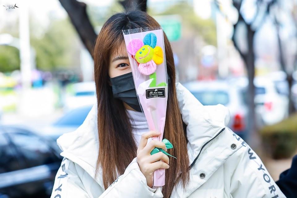 izonesightings_hyewon