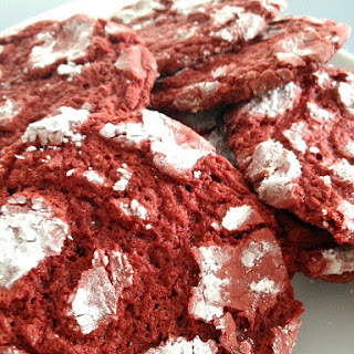 Red Velvet Crinkle Cookie.