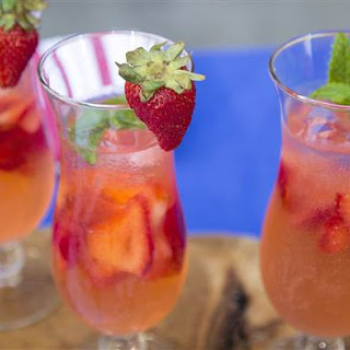 Sunny Anderson'S Strawberry Vodka Spritzer Recipe