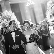 Wedding photographer Dodo Gunawan (bernardopictura). Photo of 15.02.2014