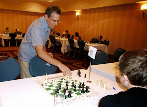 Photo: CYCC simul: IM Leon Piasetski
