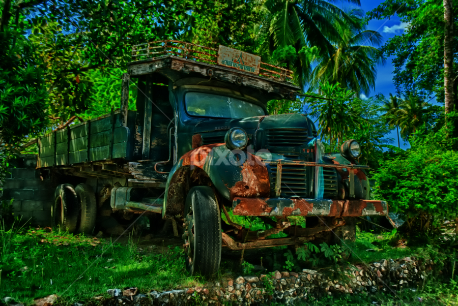 Left behind by Richard ten Brinke - Transportation Automobiles