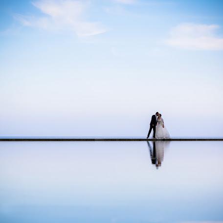 Wedding photographer Vasilis Kavousakis (passM7308). Photo of 10.09.2016