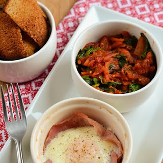 Baked Egg and Ham with Balsamic Tomatoes