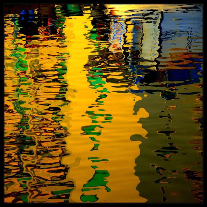 dipinto sull'acqua di  cristina masoni