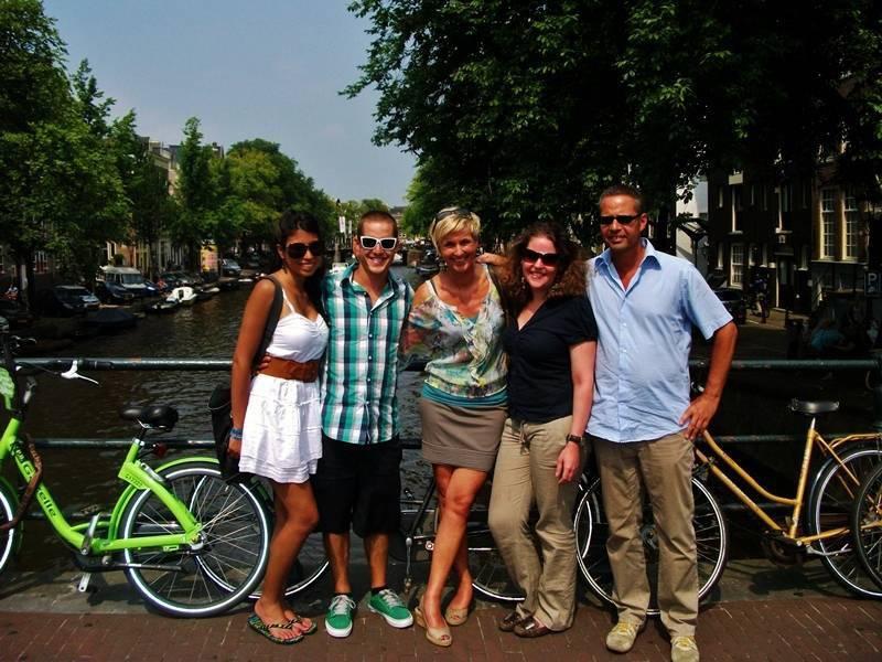 2012 | Holland & Paris