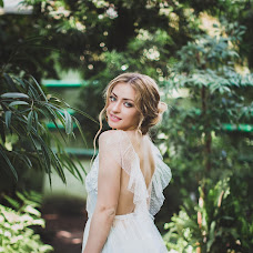 Wedding photographer Yana Pashkova (pashkova). Photo of 29.04.2017