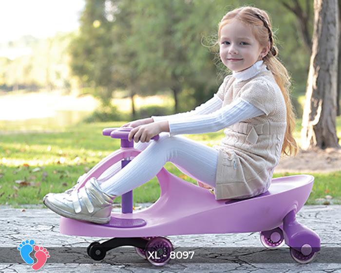 Xe lắc đồ chơi cho bé Broller XL-8097 17