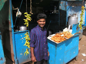 Photo: Ooty Fast Food (street food)  STREET FOOD The Staple Of India & Sri Lanka 10 Video Minute Montage http://www.youtube.com/user/Sufibooks#p/a/u/0/iobh2V1Rq6Q  IndiaMike Photo Gallery Over 1800 Photos of India and Sri Lanka 1970-2008 at http://www.indiamike.com/photopost/s...0/ppuser/15002  Short Movies of India (Gujarat Rajthastan 2008) at  http://www.youtube.com/lousfountains  M. R. Bawa Muhaiyaddeen (Ral) East & West Pictorial at http://picasaweb.google.com/LouWalte...eenEastAndWestedit