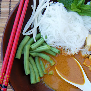 Spicy Coconut Laksa with Green Beans, Fried Tofu, Bean Sprouts