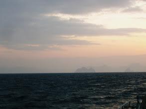 Photo: 朝は、よいナギですが、昼から崩れるとの事なので・・・。 ガンバロー!