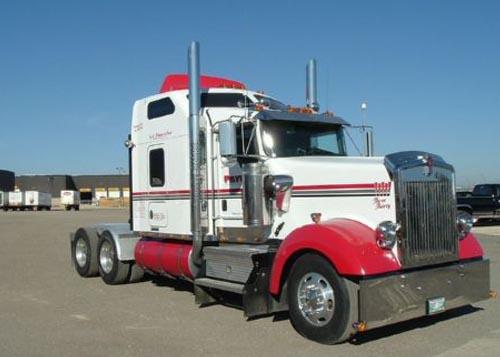 Kenworth W900L Truck-Rodz Hood