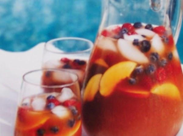 Blueberry & Peach Sangria Recipe