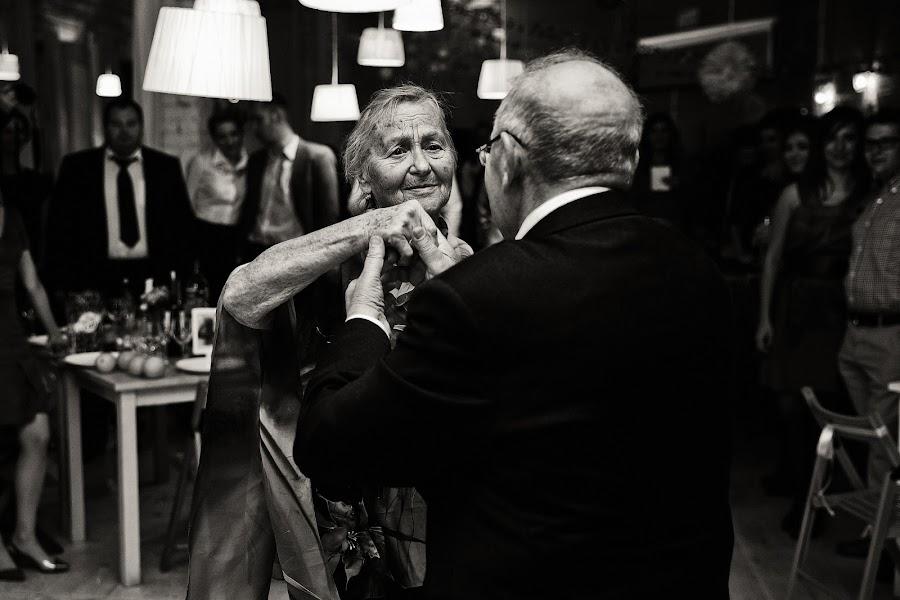 Wedding photographer Dmitriy Markov (eversummerdm). Photo of 18.04.2014