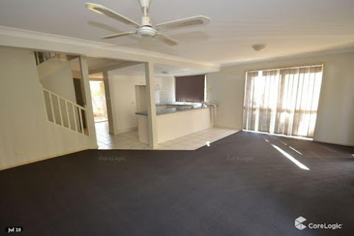 Photo of property at 2/99-105 Greenacre Drive, Parkwood 4214