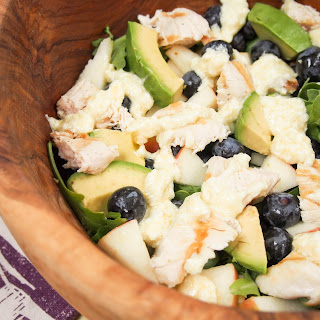 Grilled chicken and blueberry salad with lemon-feta dressing #BlueberryToss #FWCon.