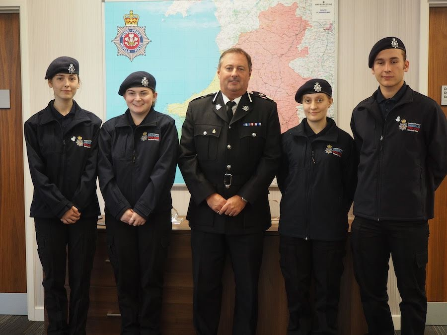 Newtown police cadets head to the United States