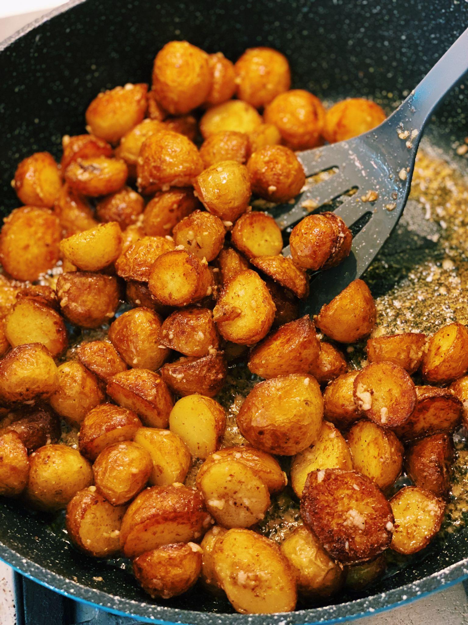 Spicy Garlic Potato