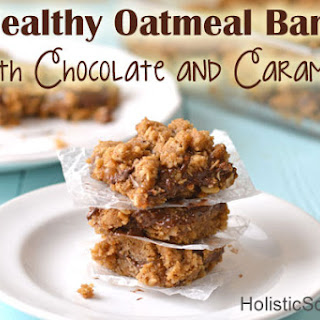 Healthy Oatmeal Bars with Chocolate and Caramel.