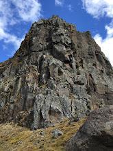 Photo: Weggurinn. Fórum vinstra megin við stóra rifið, upp rennuna þar. Ansi strembið þar uppi á köflum. Þessi spönn var um 60m, þar af um 40m af 5.5-5.8/9 klifri