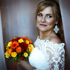 Wedding photographer Elena Chernyaeva (HelenCh). Photo of 21.11.2017