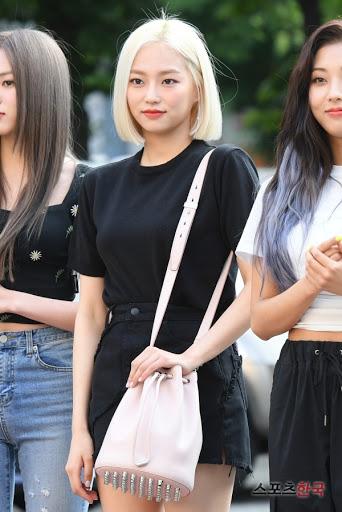 yeeun black 12